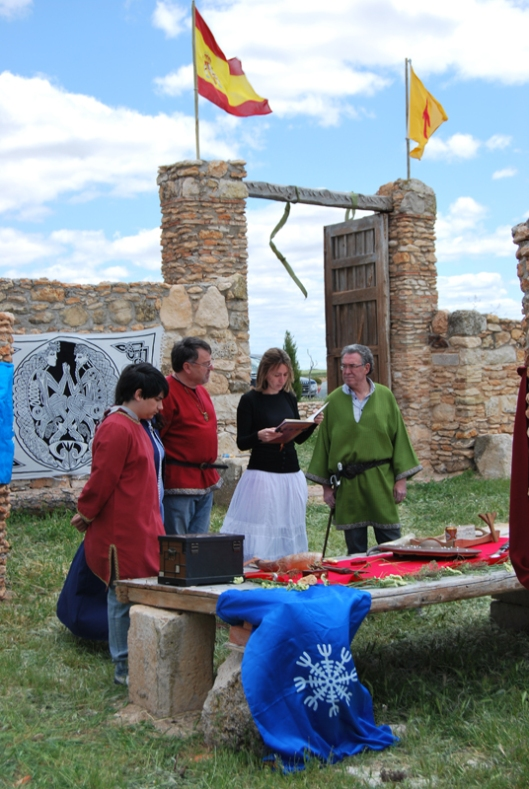 Odinist_wedding_at_the_community's_Temple_of_Gaut_in_Albacete (1)